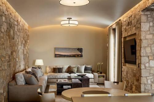 decorando sala pequena com corte e costura