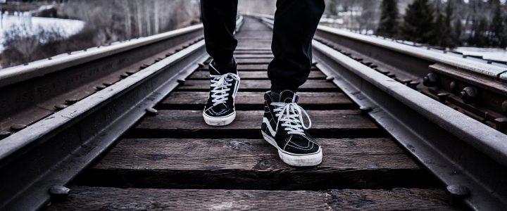 Como escolher o calçado certo para cada esporte e evitar lesões